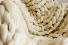 Handmade Chunky Knit Blanket - Natural Color - 100% Merino Wool - Jumbo Blanket - Chunky Knit Throw - Cream Wool - Merino Wool - Interior Design