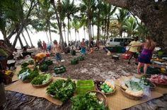 Things to do In Santa Teresa - GO to the organic farmers market http://costarica-beachrentals.com/things-to-do-in-santa-teresa-costa-rica/