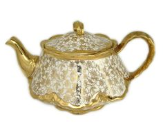 1947 Homer Laughlin Karolyte Teapot Karol China 22k Gold Floral Imperfect lid