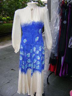 CLODOVIL MEMÓRIA BRASIL: CLODOVIL, CONTATOS COUTURE. Vestido pintado à mão