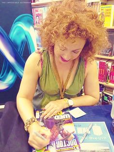 Alex Kingston-I was at this instore! Kingston London, Alex Kingston, Doctor Who 2005, Adrienne Barbeau, Doctor Who Companions, Science Fiction Series, Medical Drama, Hello Sweetie, Amy Pond