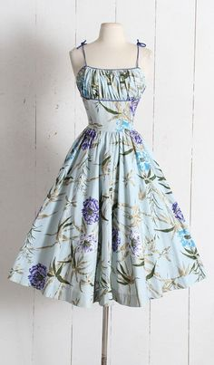 Vintage 1950s Dress vintage 50s polished cotton floral sun