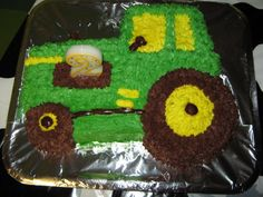 Farm Party - tractor cake