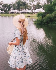 Summer dress and sun hat
