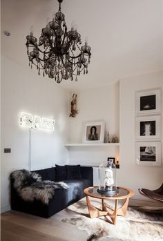 Love this all except for the fur throw and rug and the animal hanging in the corner