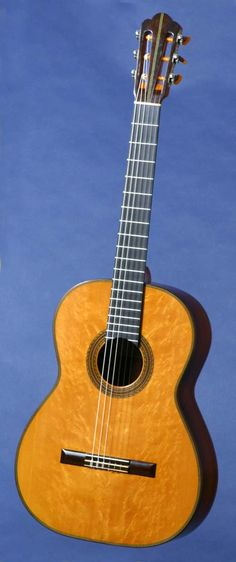 1959 classical guitar built by Hermann Hauser II. I can just hear the magic.