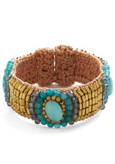 Powers That Bead Bracelet. When it comes to lovely accessories, this beaded bracelet takes the lead! #blueNaN