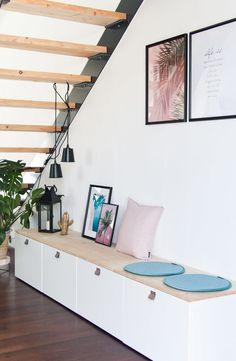 Ikea Besta DIY bench for the room – summer decor Banco Ikea, Home Decor Quotes, Home Decor Pictures, Diy Home Decor, Diy Bank, Escalier Design, Decoration Bedroom, Living Room Designs, Furniture Design