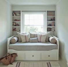 Hemnes Daybed. Like the simple linens for use in the office when not needed for sleeping guests.