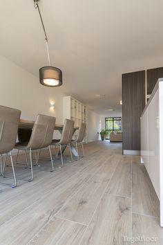 Grey Flooring, Wooden Flooring, Wooden Floors Living Room, Apartment Renovation, Kitchen Design, Home Improvement, New Homes, House Design, Interior Design