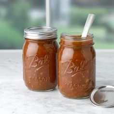 Ball Regular Mouth Pint Jars are ideal for fresh preserving recipes such as salsas, syrups, sauces, fruits and vegetables.