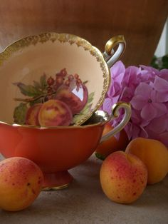 Apricot tea cups