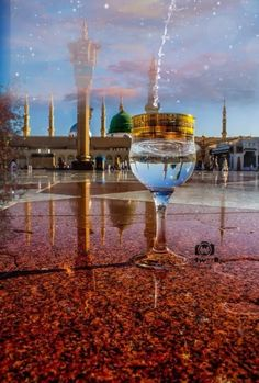 madina Photo by mohmmad abdullah -- National Geographic Your Shot Mecca Wallpaper, Quran Wallpaper, Islamic Quotes Wallpaper, Mecca Masjid, Mecca Islam, Islamic Images, Islamic Pictures, Imam Hussain Karbala, Medina Mosque