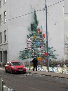 Graffiti Christmas Tree - mashKULTURE #design #talent