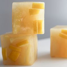 Cool down this summer with these flavored ice cubes: Lemon, Ginger, and Green Tea Ice Cubes. #healthyrecipes #summerdrinks | everydayhealth.com