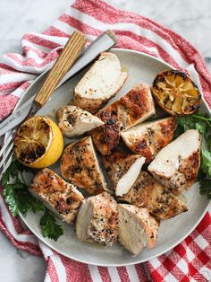 The Best Grilled Chicken Breast #Recipe on foodiecrush.com #grill #chicken