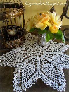 Easy Pineapple Doily, link to the pattern is available