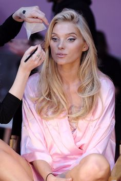 Elsa Hosk backstage at 2016 Victoria's Secret fashion show in Paris. #vsfashionshow #victoriassecret #vsangel #lingerie #runway #fabfashionfix #elsahosk