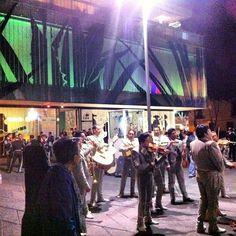 DO: Plaza Garibaldi in Cuauhtemoc, Distrito Federal