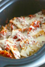 The Country Cook: Crock Pot Ravioli