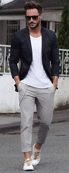 - with a navy blazer white t-shrit gray chinos no show socks sunglasses off white canvas sneakers Blazer Outfits Men, Outfits Hombre, Casual Outfits, Men's Outfits, Night Outfits, Grey Chinos, Herren Outfit, Sneakers Fashion, Menswear