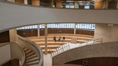 New images show the tiered form of Herzog & de Meuron's £30 million governance at the University of Oxford, England