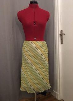 À vendre sur #vintedfrance ! http://www.vinted.fr/mode-femmes/jupes-crayon/26237672-jupe-dete-tres-legere-et-colore
