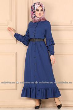 moda selvim Fırfır Detay Elbise Ferace 5692MP186 İndigo Muslim Fashion, Hijab Fashion, Fashion Outfits, Dress Sewing Patterns, The Dress, Modcloth, Trendy Fashion, Indigo, Infinity Wallpaper