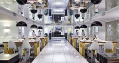 Коллекция стеклянных перегородок Conference Room, Table, Furniture, Home Decor, Decoration Home, Room Decor, Meeting Rooms, Tables, Home Furnishings