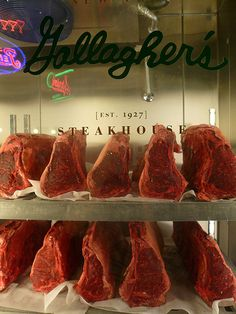Dry Aged Beef Other Meat Recipes, Beef Recipes, Barbacoa, Carne Madurada, Dry Aged Beef, Grill N Chill, Sandwich Bar, Meat Shop, Grilled Beef