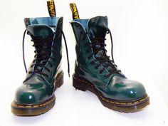 Doc Marten Womens size UK6 US8 green leather 10 by RubesRelics, $116.35