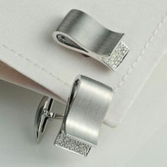 Solid sterling silver 925 cufflink men jewelry matte finish white round pave new – Men's style, accessories, mens fashion trends 2020 Dainty Jewelry, Modern Jewelry, Cute Jewelry, Jewelry Accessories, Handmade Jewelry, Women's Jewelry, Copper Jewelry, Pandora Jewelry, Leather Jewelry