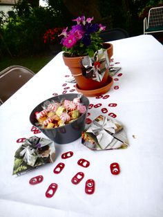 Amanda Williams Briday Shower- Confetti, Origami Hearts, Planters instead of cut flowers!!!