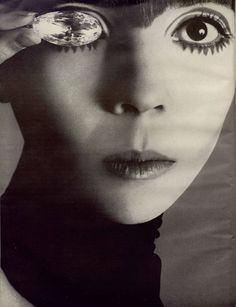 Richard Avedon: Penelope Tree, Vogue, 1967 - Vintage - Photography