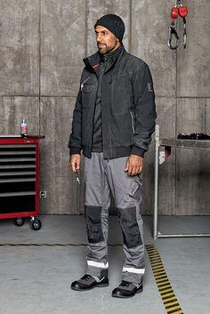 Sanitär Outfit Stretch X Winter: Outfit mit gefütterter Winterhose für kalte Arbeitstage. Der wasserabweisende & moderne Blouson kombiniert mit unserem kuscheligen Fleecetroyer sorgt zusätzlich für Wärme.