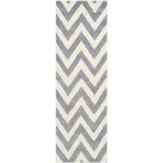 Zipcode Design Kyleigh Hand-Tufted Silver/Ivory Area Rug Rug Size: