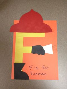 Letter F Craft Ideas for Kids - Preschool and Kindergarten Letter F Craft, Preschool Letter Crafts, Alphabet Letter Crafts, Abc Crafts, Preschool Projects, Classroom Crafts, Preschool Activities, Letter Art, Letter Tracing