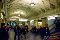 Estação Teatralhnaia
