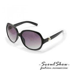 Sunglasses Disney Jewelry, Sunglasses, My Style, Shopping, Design, Shades, Design Comics, Eyewear