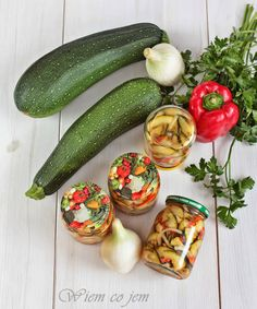 Romanian Food, Food Jar, Polish Recipes, Polish Food, Preserves, Pickles, Cucumber, Zucchini, Grilling