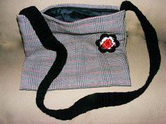 Poarta handmade!: Geanta de toamna School Style