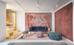 Persian company Golran produces rugs that are akin to fine works of art, so it seems fitting that the brand's first flagship store is a gallery-like space. Located on Milan's lively Via Pontaccio, the inaugural outpost's interior is the work of Storage...