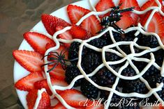 Spider web fruit platter for a Spiderman movie marathon or #HalloweenMovieNight!