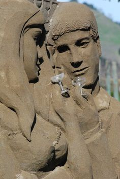 Sand Masters - Rusty, Kirk, Andy, Matt, Morgan and Sue - create incredible masterpieces out of sand. Premieres 30 May, Thursdays 10pm (9pm BKK/JKT) http://www.tlcasia.com/tv-shows/sandmasters #sandmasters