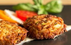 A Green Chile Crab Cakes with Horseradish Sauce Recipe! - Made In New Mexico Sauce Recipes, Seafood Recipes, Mexican Food Recipes, Dinner Recipes, Horseradish Sauce, Crab Fries, Remoulade Sauce, Kitchen Recipes