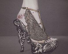 Alexander McQueen :: via Capitol Couture