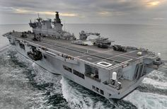 amphibious ships of the future | The UK Royal Navy's amphibious assault ship, HMS Ocean (L12) is ...
