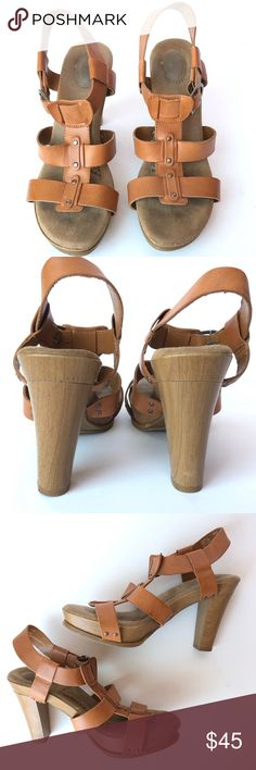0ab32492da2a Dr. Scholl s Leather Candid Sandals in Tan   See comment on fit   EUC  Beautiful and cushioned sandals by Dr. Scholl s. Feminine and stylish