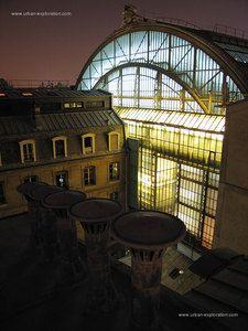 La première ressource d'exploration urbaine et toiturophile - friches, toits de Paris en panoramiques, catacombes, chantier, bunker, tunnel et souterrains underground - Urban Exploration in France - Photographies inédites de notre patrimoine industriel et architectural.