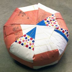 Poufs by Carol Sogard from reclaimed and heat fused plastic bags - Upcyclista Plastic Bag Crafts, Plastic Bags, Plastic Recycling, Fused Plastic, Handmade Crafts, Home Crafts, Fabric Crafts, Bean Bag Chair, Project Ideas